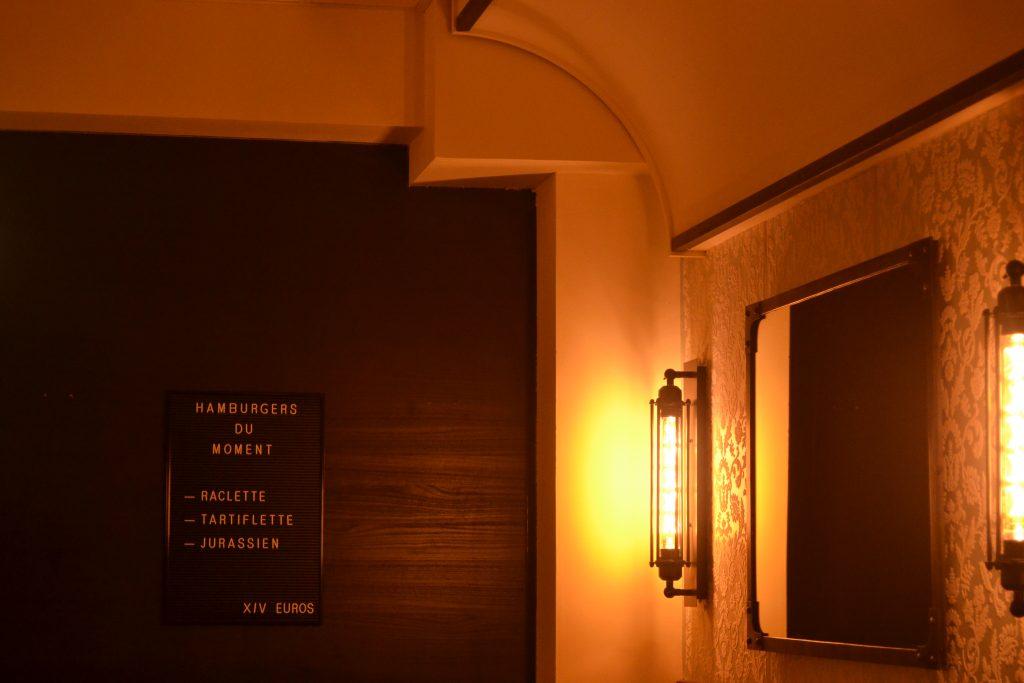Photo du fond de la salle